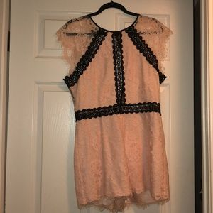 Jumpsuit light pink with black lace